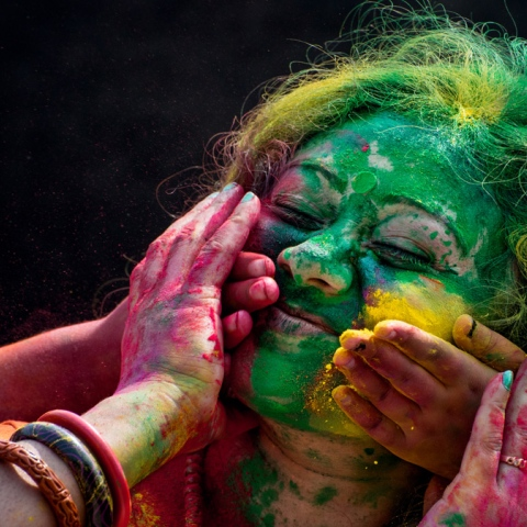 Photo: Dubai Drenches in Colours of Holi