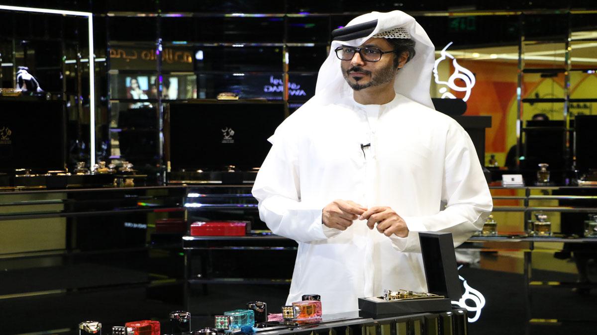 محمد هلال .. عطور برائحة الإمارات