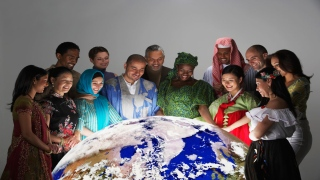 الإمارات الأولى في التعايش السلمي