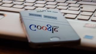 Google Fights Fake News