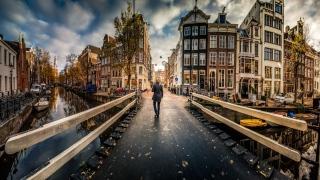 أمستردام مدينة الطواحين والمتاحف