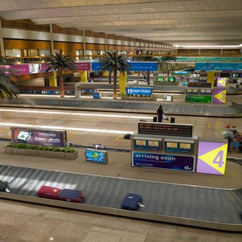 صور: قواعد الأمتعة بمطارات دبي