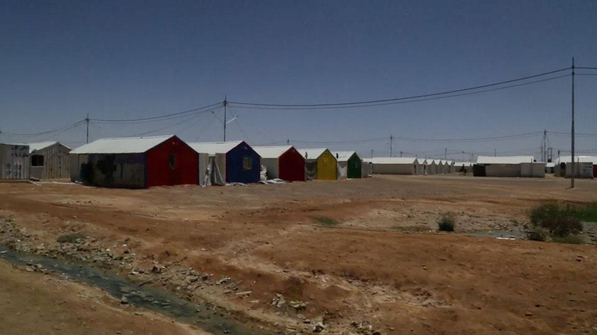 """طاقة شمسيّة لـ""""مخيّم لاجئين"""""""