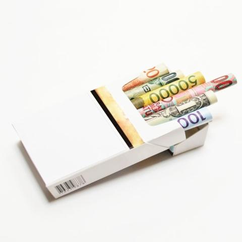صور: 100%نسبة الضريبة على التبغ