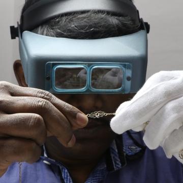 Photo: 3D Jewellery: It Starts With a Wax Tree
