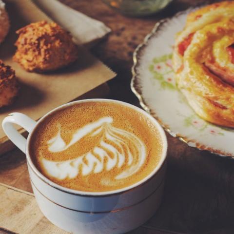 صور: الرسم بالقهوة