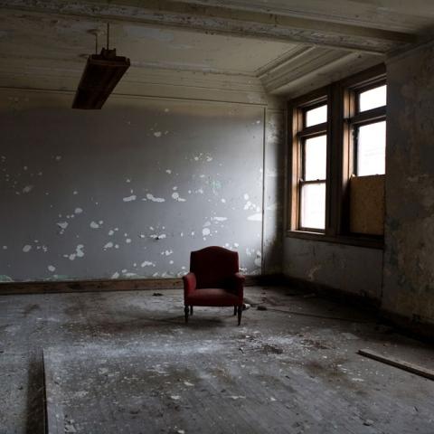 """صور: إيحاءات """"الكراسي"""" في الأفلام"""