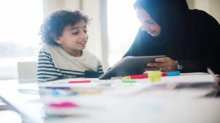 طرق حماية الأطفال من العالم الافتراضي