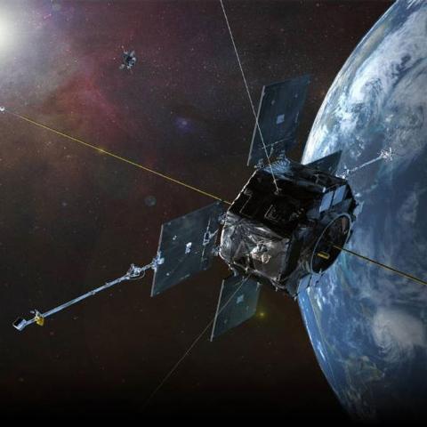 صور: زائر من الفضاء