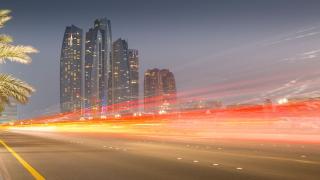 صور: أبوظبي تتقدم مرورياً