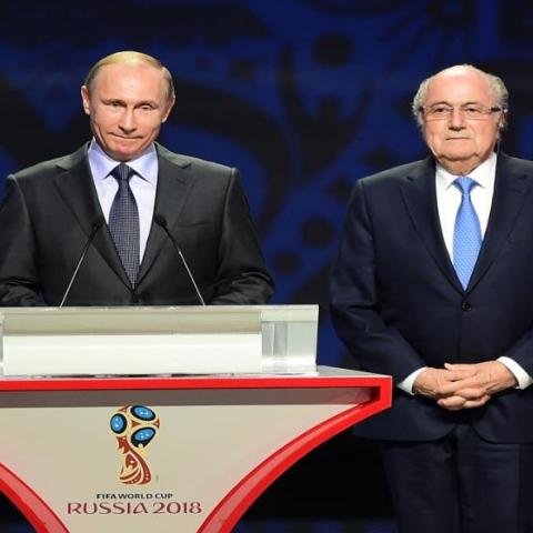 صور: كرة القدم سياسية أحياناً