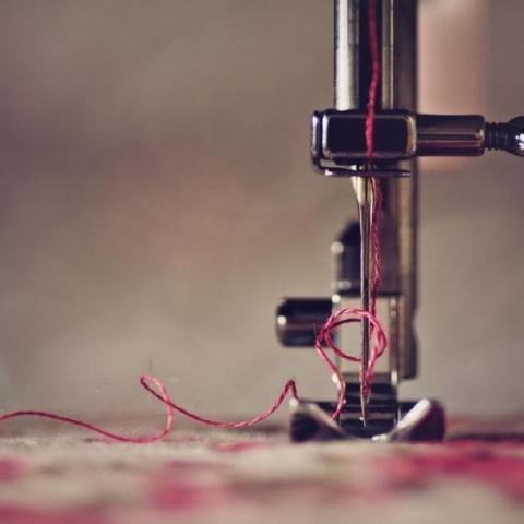 صور: ملابس تشحن هاتفك
