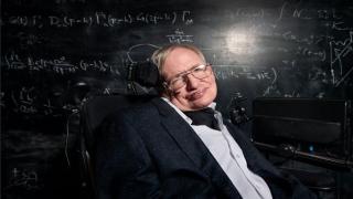 صور: أبرز علماء الفيزياء النظرية يترجل