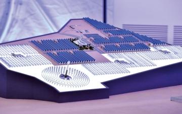 دبي تقود العالم بالطاقة الشمسية