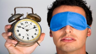 صور: كم ساعة يجب أن تنام يومياً؟