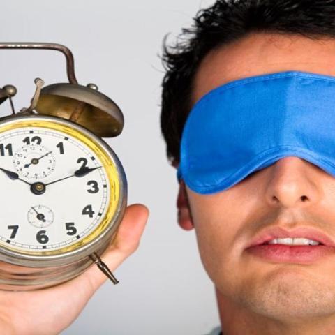 ${rs.image.photo} كم ساعة يجب أن تنام يومياً؟
