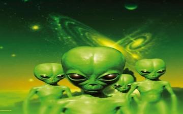 أصدقاؤنا الفضائيون