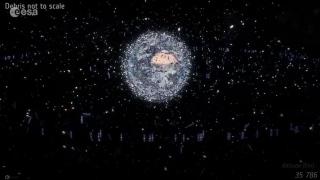 صور: الفضاء يتلوث