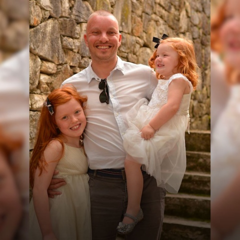${rs.image.photo} A Father's death message to his daughters