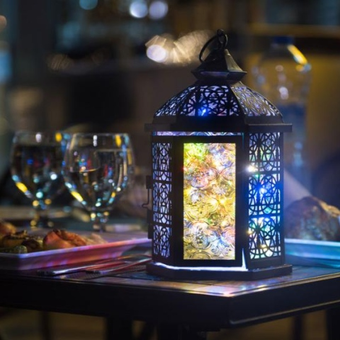 صور: لماذا يختلف موعد حلول رمضان كل عام؟
