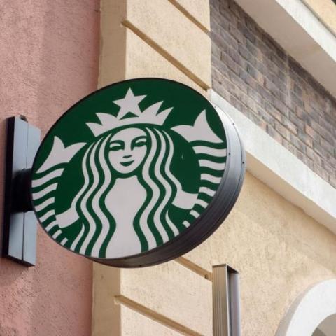 صور: موظف واحد ممكن أن يدمر علامة تجارية