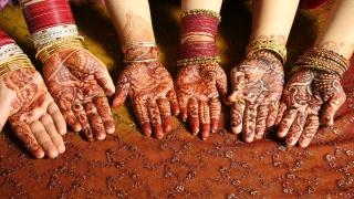 Henna … decoration of Eid