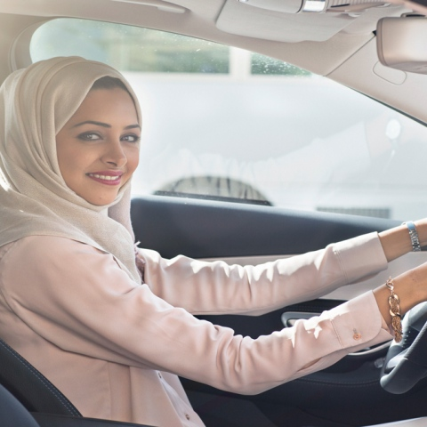 Photo: Saudi women get behind the wheel