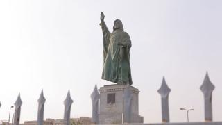 """خمسة أماكن في القاهرة على اسم الراحل """"الشيخ زايد"""""""