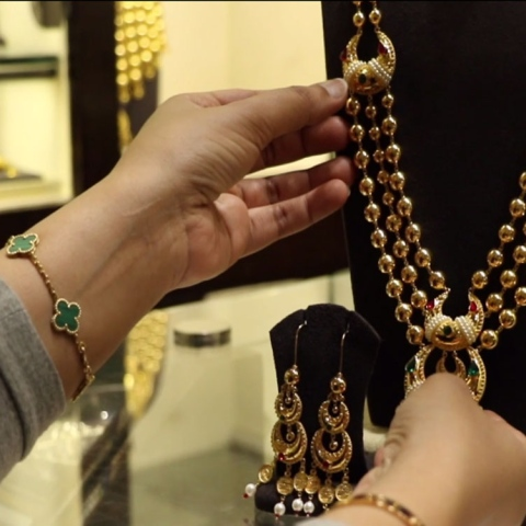 صور: سوق الذهب.. بريق دبي