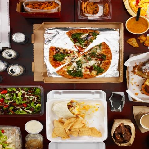 صور: أطعمة غريبة يمكنك تجربتها في دبي