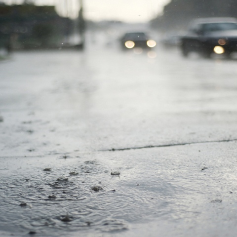 "Photo: Safe driving during ""Heavy Rainfall"" and bad weather conditions"