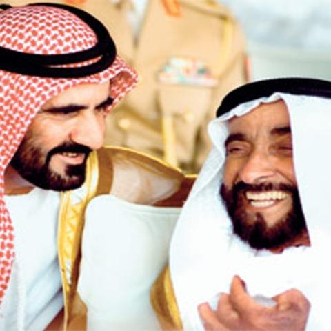 """صور: 87 رائعة شعرية لـ""""محمد بن راشد"""" في حب الوالد المؤسس """"الشيخ زايد"""""""