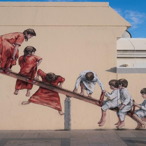 "صور: ""مشروع جميرا"".. متحف فني مفتوح يحكي قصة دبي"