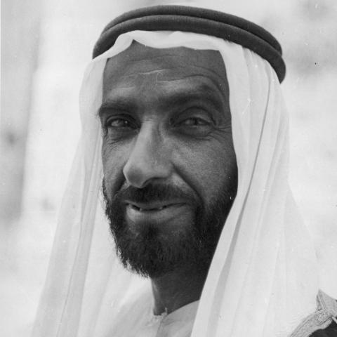 "${rs.image.photo} ""صانع المستحيل"" .. مبادرة ""دبي بوست"" لتخليد مآثر زايد الخير"