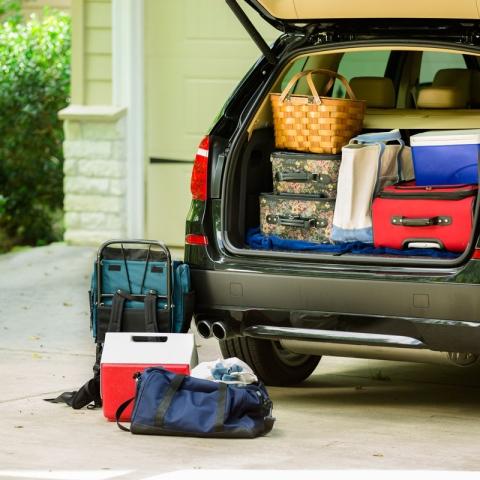 ${rs.image.photo} أشياء تجنب تركها في السيارة لوقتٍ طويل