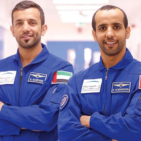 صور: ما الذي سيشتاق إليه رائدا الفضاء الإماراتيان؟