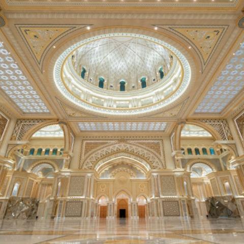 صور: قصر الوطن.. التحفة المعمارية الفريدة في أبوظبي يفتح أبوابه للزوار