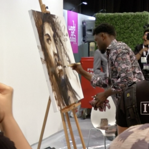 "${rs.image.photo} دبي أظهرت موهبتي"" الفنان الزامبي فيكتور سيتالي"""