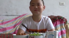 Binging for a life: 11 year old boy gains over 10 kilo's to save father's life