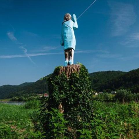 صور: تمثال ميلانيا ترامب يثير السخرية على مواقع التواصل الاجتماعي