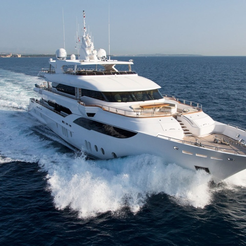 Photo: Mind-blowing Superyachts in Dubai