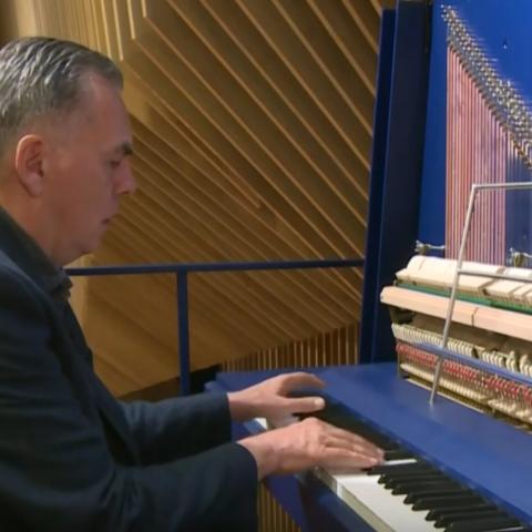 صور: أكبر بيانو في العالم!