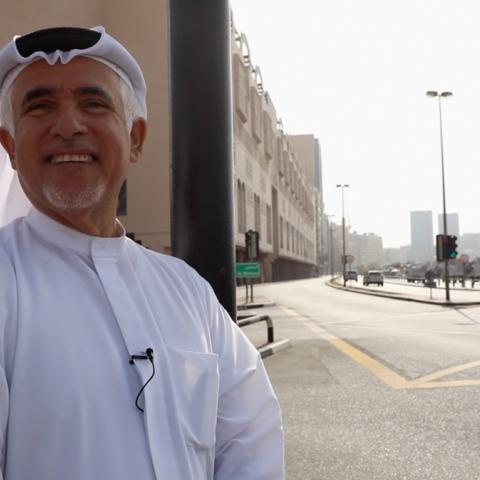 صور: بن ثاني.. دليلٌ سياحي من نوع خاص في دبي