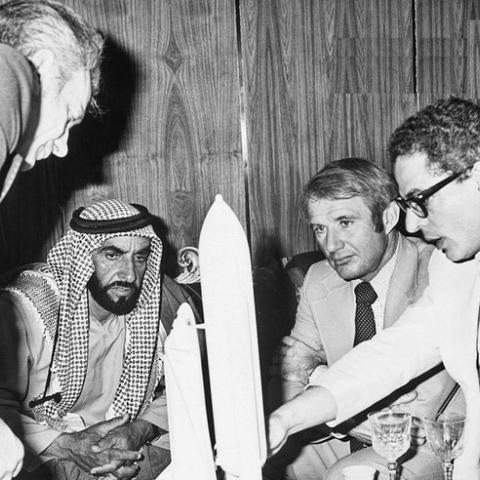 صور: طموح زايد في الفضاء رسم تاريخ الإمارات في هذا المجال