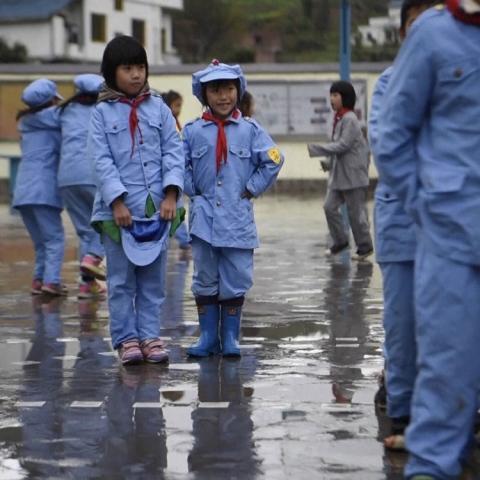 """صور: انتشار مدارس """"الجيش الأحمر"""" في الصين"""