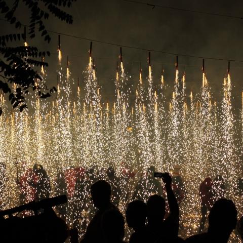 صور: طقوس وتقاليد غريبة حول العالم احتفالاً بالسنة الجديدة