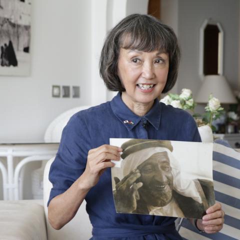 """صور: """"كيمي أكاي"""" يابانية تعشق دبي منذ 40 عاماً"""