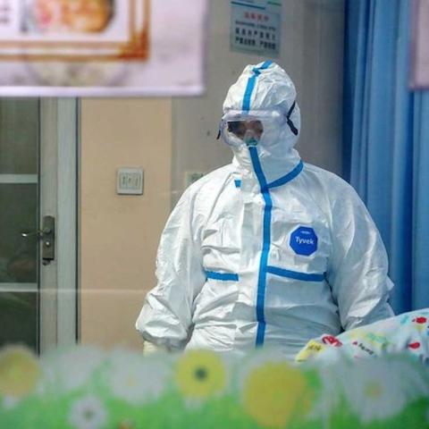 صور: لباس الطاقم الطبي في مواجهة كورونا