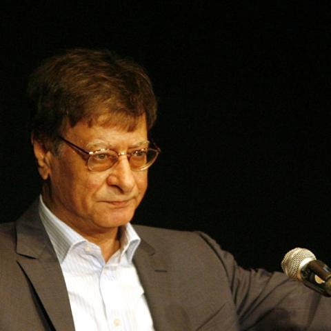 صور: التاسع من أغسطس ذكرى رحيل شاعر فلسطين ورائد مدرسة الشعر الحر محمود درويش