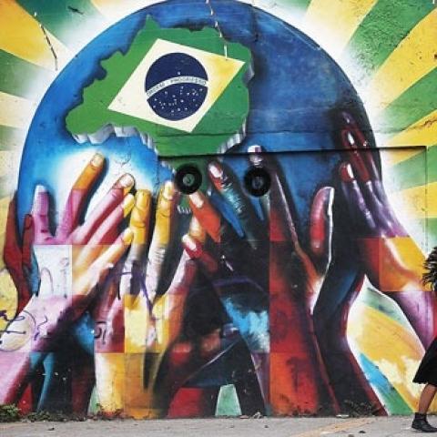 """صور: فن """"الغرافيتي"""" صامد في البرازيل برقم قياسي جديد رغم كورونا!"""